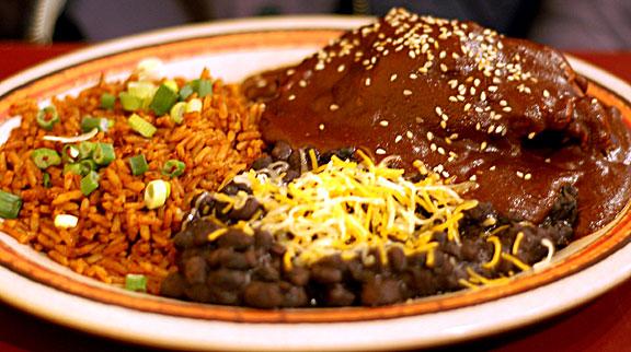 Mole poblano. Imagen: mexicovivo.com.mx